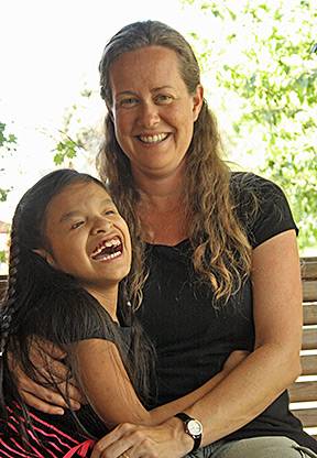 Terri O'Neill and her daughter, Jeni