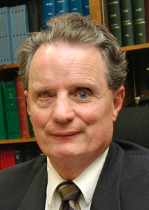 Headshot of Dr. Marc Maurer.